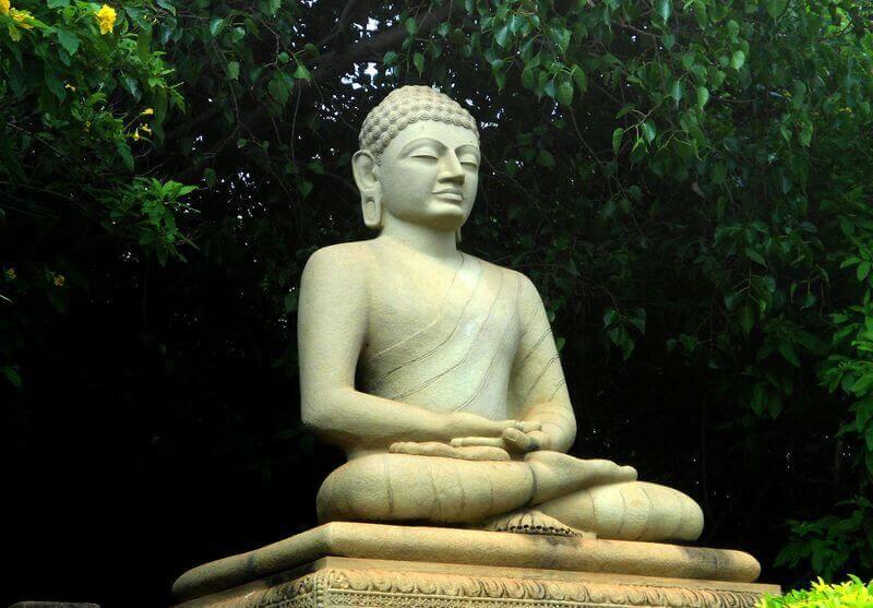 N. Aditya Madhav: Buddha-szobor a Thotlakonda Parkban, commons.wikimedia.org