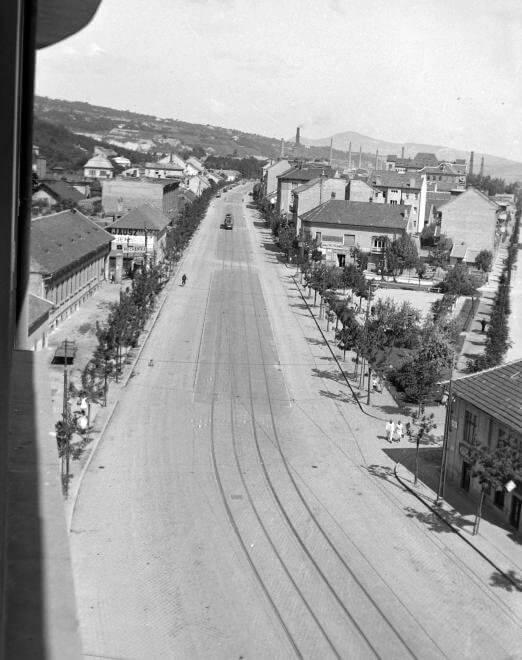 Bécsi út – San Marco utca elágazása a Nagyszombat utca felől fényképezve.