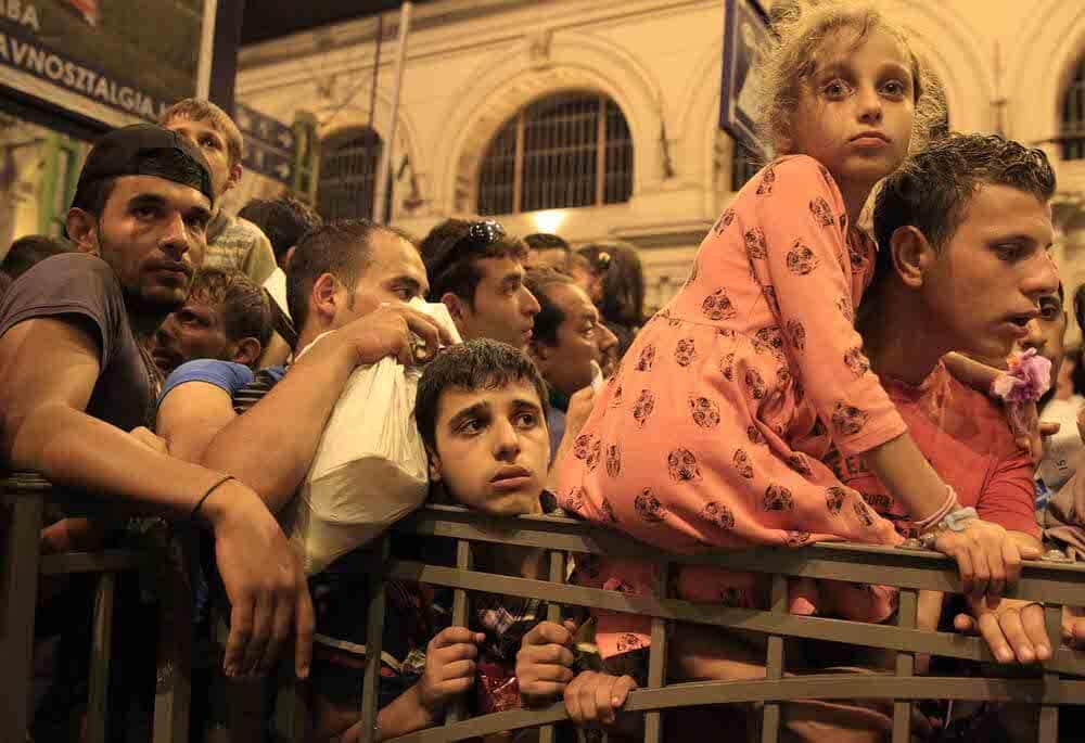 Emberár – A modern népvándorlás szemtanúi | Szabó Bernadett képei